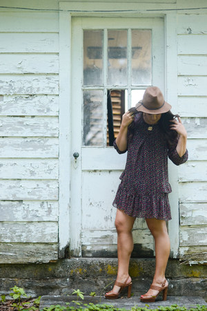 brown felt Target hat - purple floral bdba dress - brown heels talbots sandals