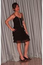Laundry by Shelli Segal dress - Tiffany & Co necklace - Zara shoes