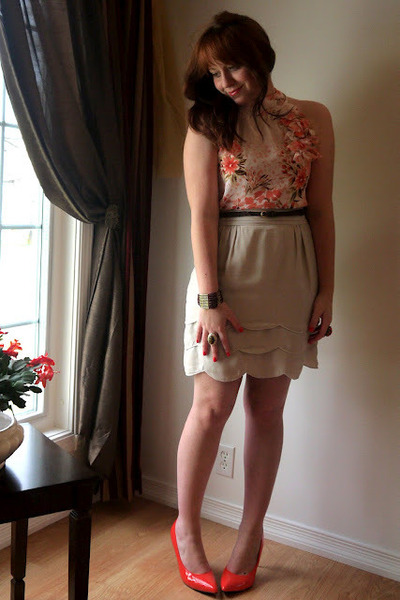 Maurices top - Forever 21 skirt - Suzy Shier pumps