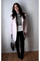 black skinny Guess jeans - light pink pastel Rickis coat