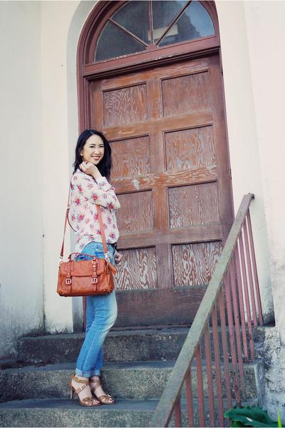 gold Chanel necklace - sky blue Zara jeans - tawny satchel Anthropologie bag