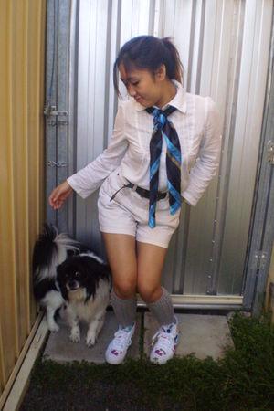 white Fafi x Adidas shoes - white blouse - green belt - white shorts - blue Fren