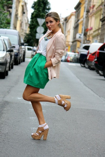 297ea7be92969 olive green Zara dress - light pink Zara blazer - off white H M t-shirt