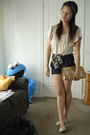 Beige-thrifted-top-black-shorts-black-mothers-scarf-beige-shoes-beige-fr