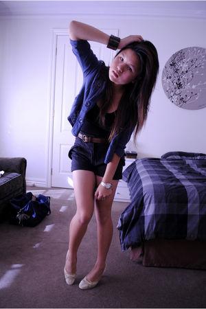 blue jacket - black shorts - brown belt - beige shoes - black top
