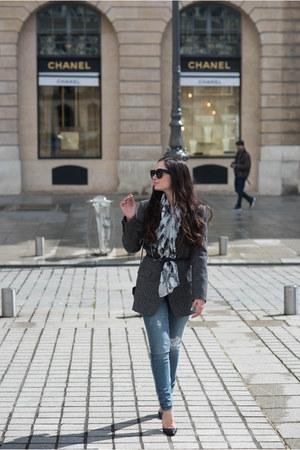 charcoal gray Zara blazer