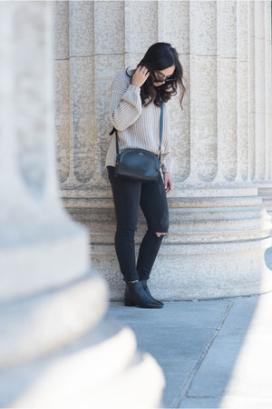 beige Tobi sweater