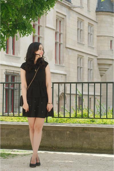 black OASAP skirt