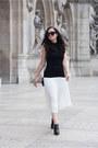 White-aritzia-skirt