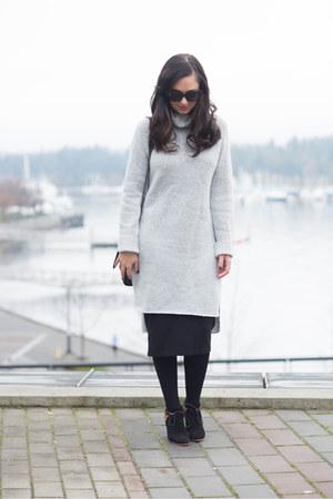 heather gray Noul sweater