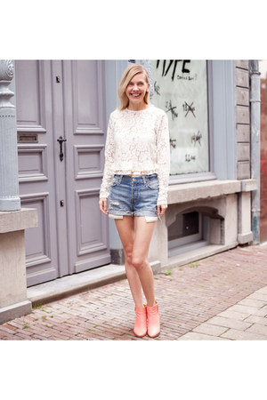 ivory Zara top - bubble gum Miista boots - blue Levis shorts