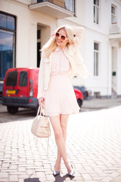 silver vintage pumps - light pink H&M dress - ivory Zara blazer