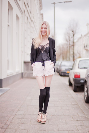 light pink H&M shorts - black Alexander Wang blazer - black H&M socks