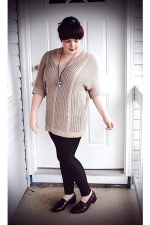 tan Ross sweater - navy Old Navy leggings - crimson thrifted florsheim loafers