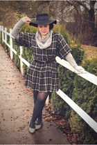 black Forever 21 hat - heather gray Forever 21 scarf - black Gap dress - ivory O
