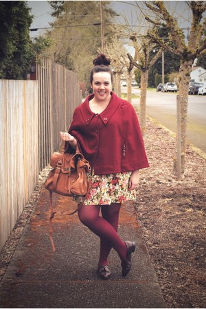 beige Forever 21 dress - maroon HUE tights - camel Mimi Boutique bag - brick red