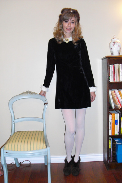 678bca121 black dress white tights – Little Black Dress