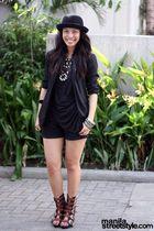 black Bik Bok hat - black vintage blazer - black Soule Phenomenon top - black So