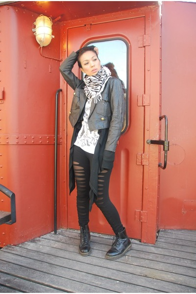 black vintage jacket - black thrifted cardigan - white H&M t-shirt - black leggi