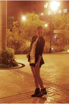 black vintage blazer - beige Soule Phenomenon top - black shorts - black Eurosko