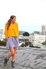 Yellow-cropped-urban-outfitters-sweater-gray-lucky-brand-boots
