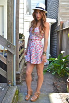 bubble gum floral print Urban Outfitters romper - tawny platform Lucky Brand san