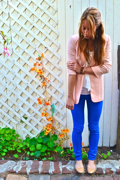 blue rag & bone jeans - light pink nastygal blazer - nude Gap flats