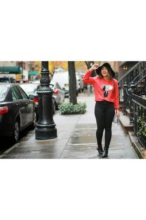 Yoana Baraschi sweatshirt