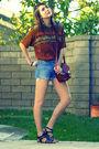 Orange-vintage-top-blue-vintage-shorts-brown-vintage-purse-black-nine-west