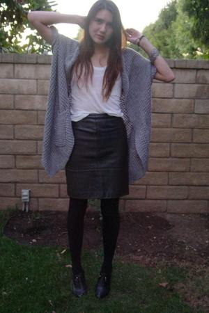 Forever 21 sweater - Forever 21 top - vintage skirt - banana republic shoes