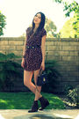 Red-old-navy-dress-black-vintage-belt-brown-stuart-weitzman-shoes-brown-bu