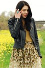 Black-vintage-boots-black-true-religion-jacket-mustard-we-are-rubbish-sweate