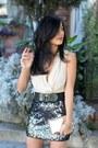 Sequins-express-skirt