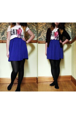 navy Love skirt - off white H&M t-shirt