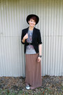 Brown-xxi-skirt-black-cotton-blazer-merona-blazer-black-converse-sneakers