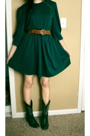 dress - belt - boots