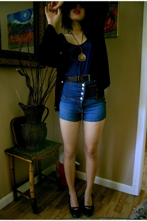 thrift shirt - thrift shorts - thrift belt - thrift coat - vintage necklace - mi