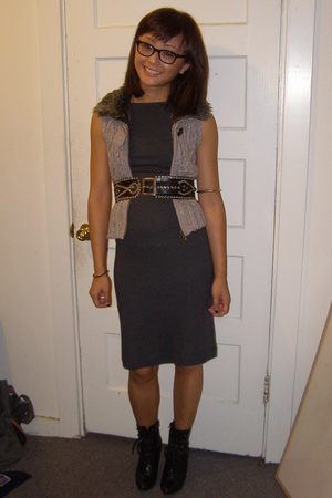 James Perse dress - Target vest - vintage belt - payless shoes