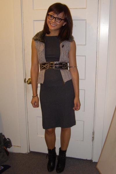 James Perse dress - Target vest - vintage belt - payless shoes