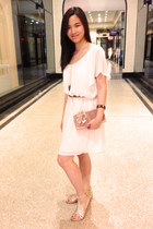 ivory chiffon vintage dress - gold gladiator the little things she needs sandals