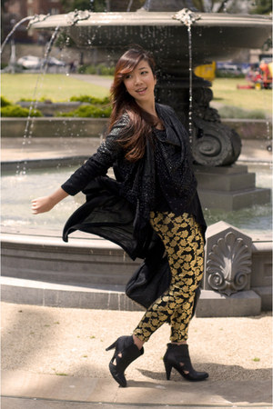 gold cotton on leggings - black beaded drapey Guess cardigan