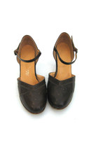 Dark Brown Piatto Pumps