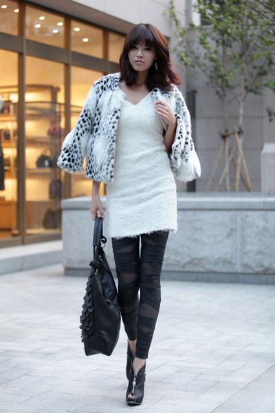 eli coat - 209 leggings - Vogue dress - candy bag