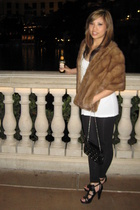 vintage coat - American Apparel top - H&M pants - Zara shoes - Zara purse