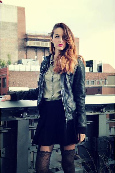 black Forever21 skirt