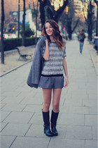 gray Promod sweater - black trendy too boots - gray Promod shorts
