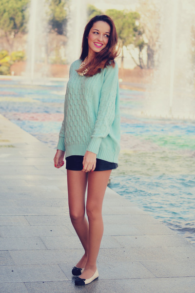 aquamarine 6KScom sweater - black leather shorts Forever 21 shorts