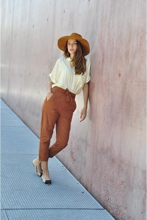 burnt orange pull&bear pants