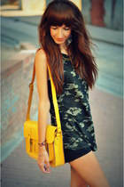 yellow satchel VJ-style bag - teal military pull&bear shirt