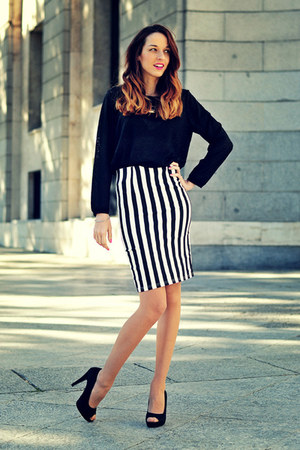white pencil skirt choiescom skirt - black animal print H&M sweater